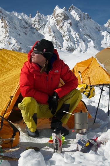 women's adventure, Hilaree O'Neill, Everest, North Face
